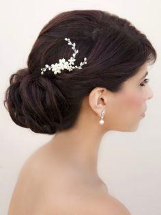 Freshwater Pearl Hair Comb ~ Lisa - Bridal Hair Accessories, Wedding Headpieces, Bridal, Wedding, Hair Accessories, Headpieces, Combs, Clips, Hair Pins, Flowers, Headbands, Tiaras, Jewelry, Vintage, Beach - Hair Comes the Bride.