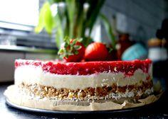 Raw cheesecake. Deze taart is zuivelvrij, suikervrij, vegan en glutenvrij.