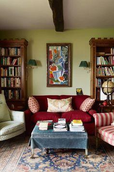English Cottage Style, Cottage Style Homes, English Cottage Bedrooms, English Style, Small Hallways, Small Rooms, Cozy Cottage, Cottage Art, Cottage Living
