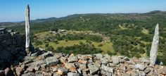 Groß-Simbabwe - Blick auf die Ruinen Mountains, Nature, Travel, Zimbabwe, Country, Ruins, Waterfall, National Forest, Naturaleza