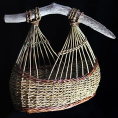 Boat by Geoff Forrest, image Kim Ayres photography Newspaper Basket, Newspaper Crafts, Weaving Projects, Weaving Art, Willow Weaving, Basket Weaving, Baskets On Wall, Wicker Baskets, Contemporary Baskets