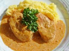 Carne de porc muschiulet în sos de smântână