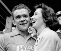 Frenchman Roger Walkowiak smiles after completing the 22nd and last stage of the Tour de France, between Montluçon and Paris, 28 July 1956. Walkowiak won the Tour de France in front of his compatriot Gilbert Bauvin, without achieving a single stage victory.   AFP PHOTO