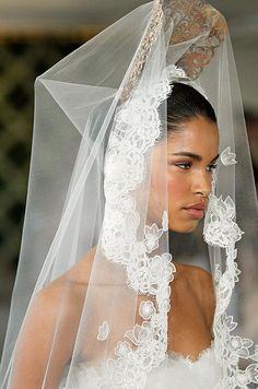 #wedding veil from the Oscar de la Renta bridal runway, Spring 2013. See more bridal fashion & beauty: http://ccwed.me/KIp6ZC
