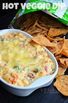 Hot Veggie Dip with Veggie Chips. Hot Veggie Dip with Veggie Chips Recipes It's a Hot Veggie Dip, delicious dip made with fresh veggies, cream cheese, Swiss cheese…oh and it's served. Tapas, Yummy Appetizers, Appetizer Recipes, Appetizer Dips, Dip Recipes, Cooking Recipes, Party Recipes, Crockpot Recipes, Cooking Tips