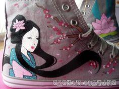 Esencia Custome: Zapatillas personalizadas - Custom sneakers: mayo 2011