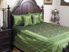 Beautiful Traditional Indian Bedding 5P Green Classic Decoration Sari Coverlet by NovaHaat, http://www.amazon.com/dp/B0084FCOR0/ref=cm_sw_r_pi_dp_N8rnqb0TE78NC