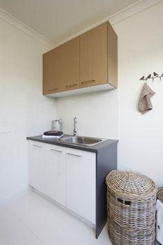 You might be trying to find laundry space cupboard concepts, or have discovered lots of options, however exactly what is the ideal one? What concerning this laundry area cabinet? I assume you likewise need to enter it in your favored list Laundry Room Cabinets, Laundry Area, Grey Cabinets, Kitchen Cabinets, Laundry Design, New Builds, Green And Grey, Cupboard, New Homes