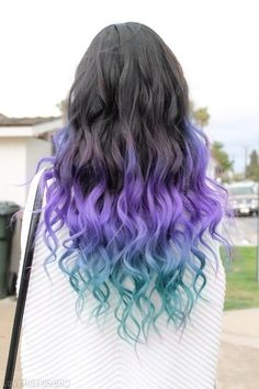 dip dyed wavy hair | Dip Dyed Curly Hair
