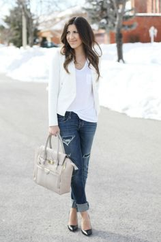 ripped jeans + white tee + white blazer + nude bag + black pumps
