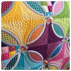 Longarm Machine QuiltedSquid: Polka Dot Bikini Quilt