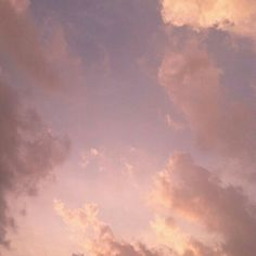 I don't think I could ever love someone more than I love you I love you forever and ever and always 💛 Pretty Sky, Beautiful Sky, Pretty In Pink, Peach Aesthetic, Sky Aesthetic, Pink Lila, Pink Sky, Aesthetic Iphone Wallpaper, Aesthetic Wallpapers