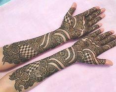 beautiful henna Mehandi Designs for brides-to-be Henna Hand Designs, Dulhan Mehndi Designs, Mehandi Designs, Mehndi Designs Finger, Legs Mehndi Design, Latest Bridal Mehndi Designs, Full Hand Mehndi Designs, Mehndi Designs Book, Mehndi Design Pictures