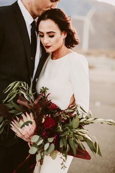 chic-palm-springs-destination-wedding-at-colony-palms-hotel-47