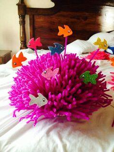 Arrecife de coral, hecho con limpiapipas & peces de colores - Tatjana Becker - #Arrecife #Becker #colores #con #coral #de #hecho #limpiapipas #peces #Tatjana