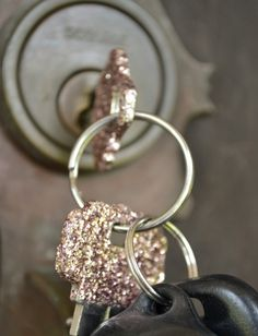 neckline to hem: DIY Glitter Keys