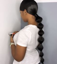 Hair Ponytail Styles, Slicked Back Ponytail, Black Ponytail Hairstyles, Sleek Ponytail, Hot Hair Styles, Baddie Hairstyles, Sleek Hairstyles, Girl Hairstyles, Curly Hair Styles