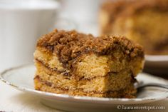 Sour Cream Coffee Cake with Chocolate Cinnamon Swirl | http://laurassweetspot.com