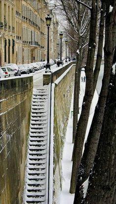 Les Quais, Paris sous la neige.