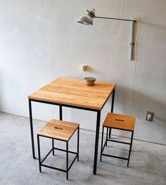 Quais são as medidas padrão mínimas para uma sala de jantar? íntimo.