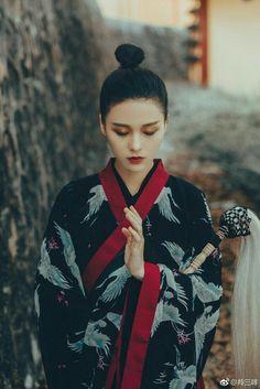 Oriental Fashion, Chinese Fashion, Hanfu, Red Sun, Korea, Women Figure, China Girl, Female Photographers, Chinese Style