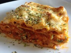 Recipe Lasaña fácil de atún y verduras by Mariaalvarez, learn to make this recipe easily in your kitchen machine and discover other Thermomix recipes in Arroces y pastas. Kitchen Machine, Risotto, Sandwiches, Pizza, Menu, Favorite Recipes, Vegan, Cooking, Ethnic Recipes