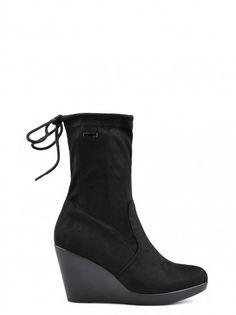 95e257098534 Dámské boty pro každodenní nošení TENDENZ - černá
