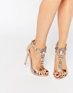 Rose gold sparkle sandals? YES, please!