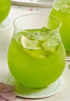 Sparkling Pineapple-Lime Punch – Fresh mint muddled with lemon-lime drink mix gives this Sparkling Pineapple-Lime Punch recipe extraordinary flavor—and it still only takes 10 minutes to prepare!