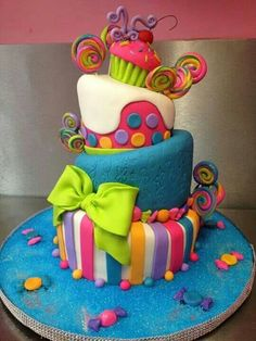 Wicked colourful cake with wonky tiers We've scoured the Web in search cool birthday cake designs and narrowed it down to the top ten birthday cake designs that we could find. Top 10 Birthday Cake Designs Awesome cake………I am going to tell my mom h Crazy Cakes, Pretty Cakes, Cute Cakes, Bolo Artificial, Bolo Original, Bolo Fack, 10 Birthday Cake, Funny Birthday, Candy Land Birthday Party Ideas