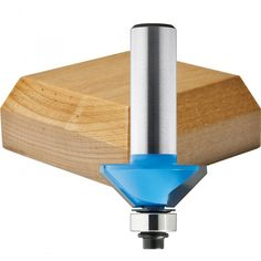 beginner's guide to choosing router bits
