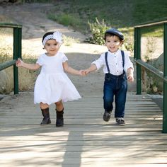 15 Ideas Baby Twins Boy And Girl Photography Sibling Photos Twin Birthday Pictures, Twin Pictures, Twin Photos, Girl Photos, Family Pictures, Boy Girl Twins, Twin Girls, Twin Babies, Baby Twins