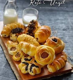 Soft Bread Recipe, Bread Recipes, Cake Recipes, Cooking Recipes, Roti Bread, Resep Cake, Indonesian Cuisine, Recipe Details, Bakery
