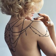 Elegant henna chains by Veronica Krasovska