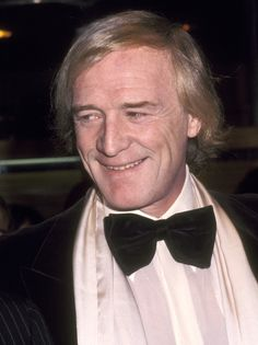 Richard Harris was such a wonderful actor. He was the best Dumbledore we could've ever asked for.