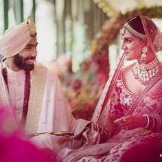Cricketer Jasprit Bumrah recently tied the knot with TV presenter Sanjana Ganesan in Goa in an intimate ceremony and their wedding pictures will absolutely take your breath away 😍👌 India Cricket Team, Famous Sports, Indian Wedding Outfits, Tv Presenters, Tie The Knots, Indian Wear, Cute Couples, Getting Married, Wedding Photos