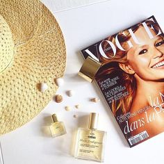 Is it summer yet? Fortunately Nuxe Huile Prodigieuse is a great multi use product all year round for face body and hair. Get a bigger one for everyday and a super cute mini size for travel from OFFEN.  by @lglora #nuxe #huileprodigieuse #offenstore