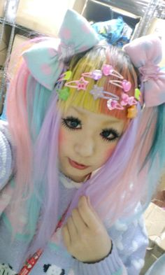 Decora girl She is very lovely :)