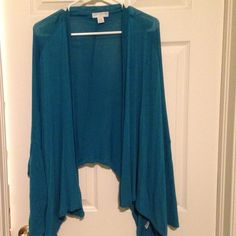 Batwing cardigan from cotton on. Teal color Soft material, sleeves match the description (bat wing). Comfy never been worn great condition Cotton On Sweaters Cardigans