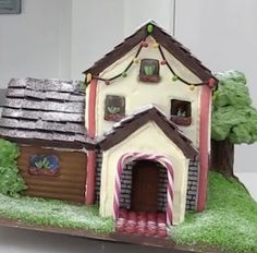 100 Best Gingerbread House Ideas Gingerbread House Pictures, Gingerbread House Designs, Gingerbread House Parties, Christmas Gingerbread House, Christmas Projects, Holiday Crafts, Holiday Fun, Christmas Ideas, Christmas 2019