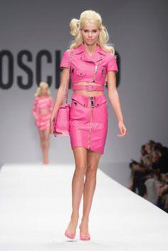 WTFSG-2015-milan-fashion-week-moschino-spring-1