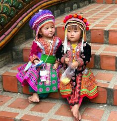 Adorable children in their traditional costume. Precious Children, Beautiful Children, Beautiful Babies, Beautiful People, Kids Around The World, We Are The World, People Around The World, Little People, Little Ones