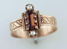 Vintage-Antique-1ct-Garnet-amp-Pearl-14K-Rose-Gold-Victorian-Cocktail-Ring