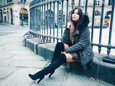Comment rester féminine avec une parka ? Réponse sur le blog ! 😜 📷 by @a.lmd  #parka #graindemalice #blogpost #linkinbio #fauxfur #coat #kaki #winter #cold #overtheknees #boots #cuissardes #OTK #fashion #tendance #shooting #paris #mode #laminutefashion #fashionblogger #shooting #tieanddye #blondhair #streetstyle #lookoftheday #instagood #vsco #vscocam