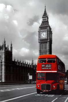 Iconic Red Bus Picture - have this poster hanging in my room
