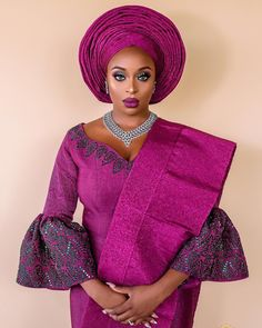 Ghanaian Kente fabric and styles is are becoming increasingly popular at African traditional wedding ceremonies bridal styles and dresses Lace Dress Styles, African Lace Dresses, African Fashion Dresses, African Wedding Attire, African Attire, African Wear, Traditional Wedding Attire, African Traditional Wedding, Traditional Weddings