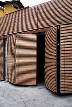 Facade cladding | Facade systems | Xilomoenia Okoumè | XILO1934. Check it out on Architonic