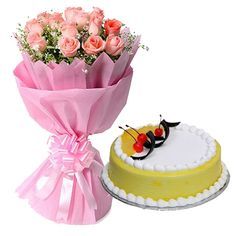 Surprise your man with a delectable anniversary cake along with a bouquet of roses. Buy anniversary cakes online from YummyCake. Anniversary Cake Designs, Wedding Anniversary Cakes, India Cakes, Hampers Online, Cake Online, Cake Delivery, Gifts Delivered, Gift Cake, Gift Hampers
