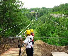 Awesome zipline adventures just 5 miles from Natural Bridge State Resort Park - Red River Gorge. Ky State, State Parks, Kentucky Vacation, Zipline Adventure, Red River Gorge, Camping Near Me, Natural Bridge, Road Trippin, Ky Jelly