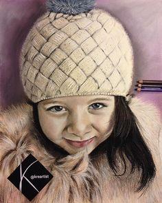 "CHARLOTTE] 40 x 30 cm. Carboncillo y tizas pastel - Foto Original: @charlotte_bychabried [CHARLOTTE] 15.7"" x 11.8"". Charcoal and pastels - Original pic: @charlotte_bychabried"
